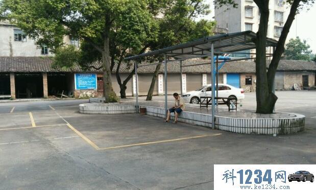 桂林市第二技工学校驾校报名_桂林第二技工学校驾校在什么位置_桂林市第二技工学校驾驶员培训中心