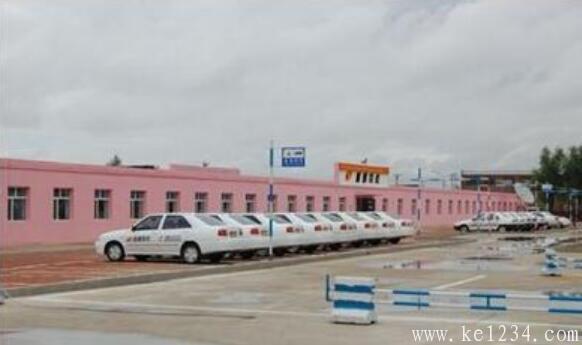 柳州市顺通驾校报名学费_位置在哪_柳州驾校选择