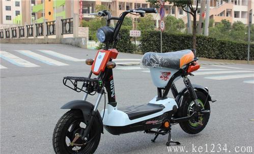 桂林建成启用全科目智能评判摩托车考场